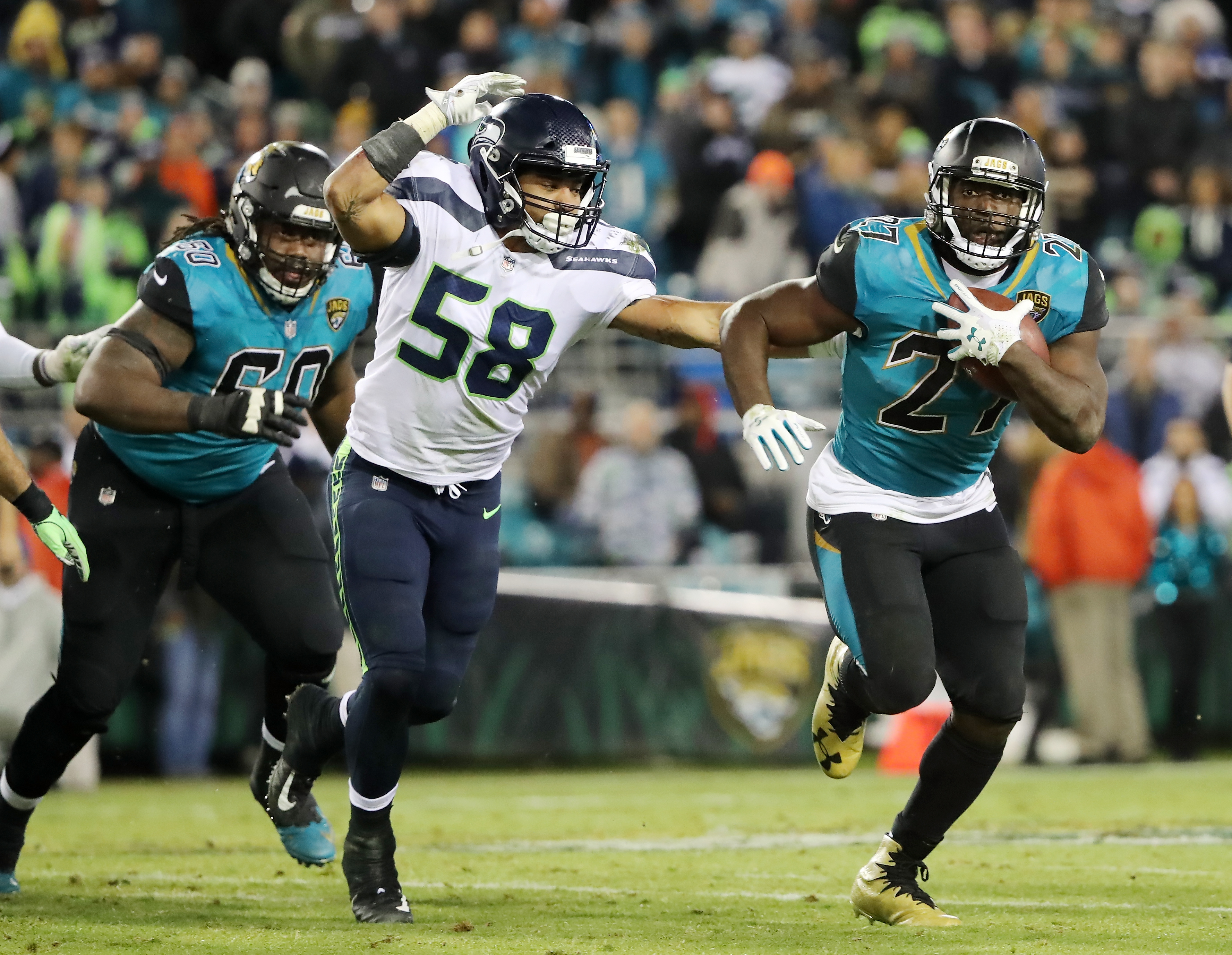 Seahawks Should Not Take A Chance On Signing Leonard Fournette